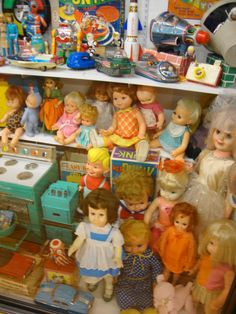 Ideas vintage toys baby dolls kids for 2019 Vintage Toys 1960s, 1970s Toys, Retro Toys, Vintage Dolls, Vintage Paper, 1980s, My Childhood Memories, 90s Childhood, Classic Toys