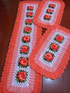 Marcia Melo Artesanatos: Jogo de Cozinha com flor Laranja