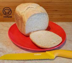 Kefíres kenyér kenyérsütőgépben Cornbread, Baked Goods, Cheese, Baking, Ethnic Recipes, Food, Pizza, Millet Bread, Bakken