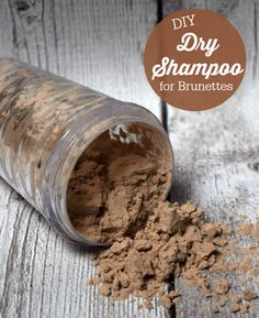 DIY Dry Shampoo for Brunettes - only two ingredients that you probably have in your pantry right now!