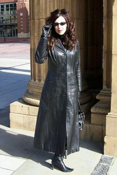 Long Leather Coat, High Leather Boots, Leather Trench Coat, Leather Gloves, Trench Coats, Black Leather, Leather Jacket, Vintage Leather, Sexy Outfits