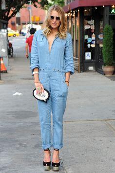 ღ the girl next dior Dree Hemingway, Vogue Us, Jeans Slim, Red Carpet Fashion, Party Fashion, Types Of Fashion Styles, Street Style Women, Chambray, Blue Denim