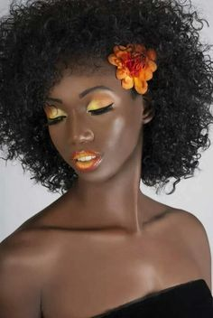 afro and beautiful yellow and orange make up. Pelo Natural, Natural Hair Care, Natural Hair Styles, Natural Makeup, Black Female Model, Black Models, Female Models, Dark Skin Makeup, Hair Makeup