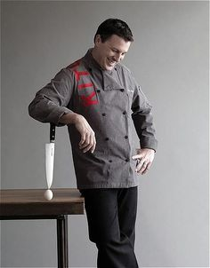 1254251018Chef Paul Portrait.JPG 437×560 pixels