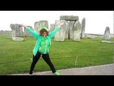 Gangnam Glozell Style... Stonehenge England
