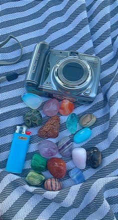 Crystals And Gemstones, Stones And Crystals, Crystal Room, Crystal Aesthetic, Baby Witch, Good Energy, Indie Kids, Healing Stones, Wall Collage