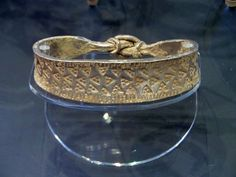 Another viking arm ring.