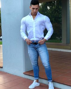 Discover men's jeans from ASOS. Hundreds of different jean styles, including skinny jeans, straight leg jeans, bootcut and coloured denim. Casual Wear, Men Casual, Hijab Look, Herren Outfit, Hommes Sexy, Mode Masculine, Tights Outfit, Mens Fashion Suits, Trendy Outfits