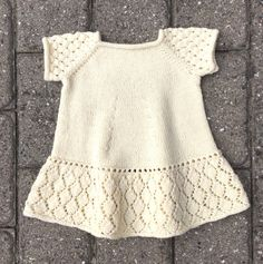 6 A, baby spencer med rib og hulmønster – Anita Garn & Strik Baby Outfits, Toddler Outfits, Kids Outfits, Crochet Border Patterns, Baby Knitting Patterns, Baby Barn, Eco Clothing, Baby & Toddler Clothing, Diy Clothes