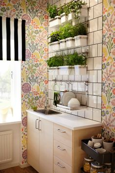 Small kitchen with Metod Haganas and hanna werning 1305 wallpaper