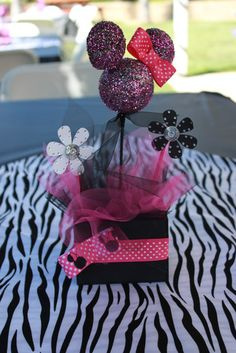 cute Minnie Mouse Birthday centerpiece