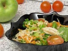 Salată verde cu piept de pui şi crudităţi Cold Vegetable Salads, Cobb Salad, Potato Salad, Potatoes, Chicken, Dinner, Vegetables, Ethnic Recipes, Food