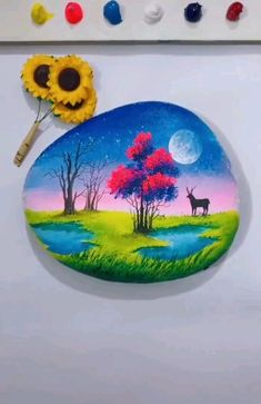 Brilliant Stone Watercolor Painting Art : After being rejected by galleries, artist finds in the street the place to express himself. Stone Crafts, Rock Crafts, Diy Arts And Crafts, Bead Crafts, Pebble Painting, Pebble Art, Stone Painting, Painting Art, Acrylic Painting Techniques