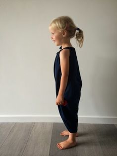 """""""Trek je kind eens een ZAK aan!"""" was de titel van een blogbericht bij  Toertjes & pateekes . Ik was meteen dol op dat pakje! Mijn dochter i..."""