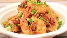 กุ้งผัดพริกเกลือ/spicy prawns & salt stir fried - YouTube Spicy Prawns, Thai Street Food, Thai Cooking, Stir Fry, Shrimp, Fries, Salt, Youtube, Salts