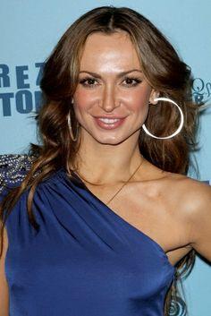 Karina Smirnoffs wavy, long hairstyle