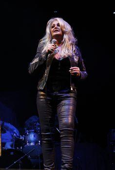 #BonnieTyler #live #music #bucharest #2012 #GaynorHopkins