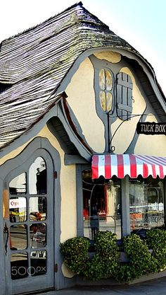 The 'Tuck Box' - Tea Room, Carmel, California - The Tuck Box is one of Carmel's most well-known Fairy tale cottages. Carmel California, California Coast, Northern California, Storybook Homes, Carmel By The Sea, Shop Fronts, Cottage Design, San Francisco, Big Sur