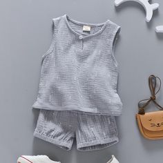 Choose the cotton linen clothing for toddlers & baby boy rompers to beat the heat! Toddler Boy Fashion, Toddler Boy Outfits, Kids Outfits, Kids Fashion, Toddler Boys, Baby Boy Dress, Cute Baby Clothes, Summer Girls, Kids Wear