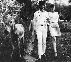 Richard Starkey and Maureen Cox-Starkey (Source- Source of scans from Cynthia Powell Lennon at Yahoo) Ringo Starr, Great Bands, Cool Bands, Barbara Bach, Richard Starkey, The Ed Sullivan Show, Couple Holding Hands, Those Were The Days, The Fab Four