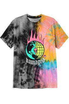 Diy Tie Dye Designs, Shirt Designs, Graphic Shirts, Printed Shirts, Trippy Shirts, Suit Fashion, Clothing Co, Dye Shirt, Cool Outfits