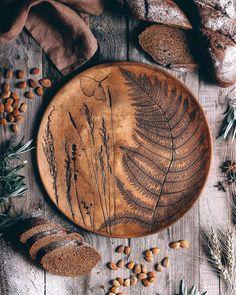 Ceramic Plates, Ceramic Pottery, Ceramic Art, Clay Crafts, Wood Crafts, Arts And Crafts, Diy Trend, Keramik Design, Diy Inspiration