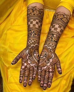 Wedding Mehndi Designs, Best Mehndi Designs, Tattoo Designs, Mehendhi Designs, Blouse Designs Silk, Bridal Henna, Henna Art, Looks Cool, Mehendi