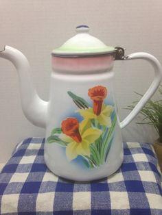 Vintage Daffodil Enamelware Coffee Perculator by ZasusMenagerie