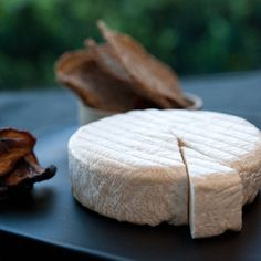can buy it at th damn store!  I don't have time to make my own cheese even if it is easy...Kite Hill Soft Ripened -- almond cheese