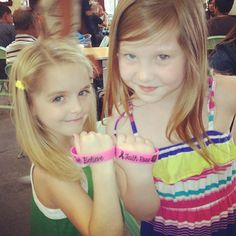 Mckenna Grace With Sierra McCormick And Ella Anderson As They Support Faith Sierra Mccormick, Ella Anderson, Dog With A Blog, Mckenna Grace, Sadie Sink, Cameron Boyce, Disney Stars, American Actress, Love Of My Life