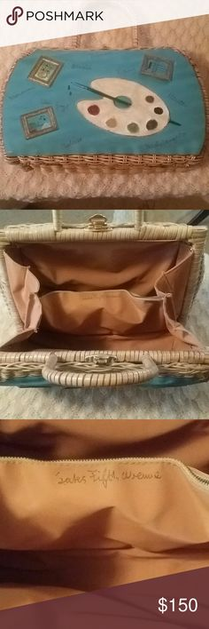 Vintage Artist themed Straw Purse. Wow, what an amazing collectors piece.  This is vwey well kept and of course it has a bit antiquity look on the fabric due to years of living.  In excellent condition. An original Saks Fifth Avenue Gem.  Adorned with frames and paint pallette. Just in time for Summer ♡ Saks Fifth Avenue Bags Satchels