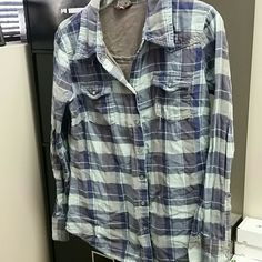Old navy button up Super soft button up. Gray light blue and navy blue Old Navy Tops Button Down Shirts