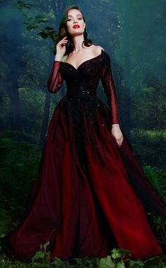 af3c17a0b2 This sweetheart gown has lovely hugged off the shoulder