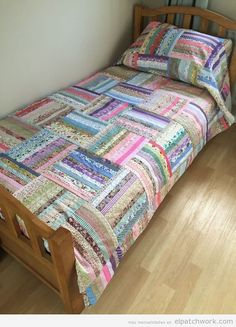 Handmade Patchwork Quilt Gorgeous Oversized Single Throw Bed Shabby Chic Patchwork Quilt Patterns Uk Free Quilt Designs For Layer Cakes Free Patchwork Quilt Patterns Australia Jellyroll Quilts, Scrappy Quilts, Easy Quilts, Star Quilts, Rag Quilt, Quilt Blocks, Colchas Quilting, Quilting Designs, Crazy Quilting
