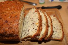 LCHF Low Carbs High Fat: LCHF Bread - Recipe (cottage cheese, eggs, almond meal, flaxseed, sesame seeds...)