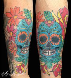 #sugarskull #sugarskulltattoo #tattoo #colortattoo #skulltattoo #artka #artkatattoo #ink #inked #pinerolotattoo #pinerolo #italy #artka #artkatattoo