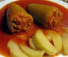 Töltött paprika paradicsommártásban Recept képpel - Mindmegette.hu - Receptek Baked Potato, Sausage, Potatoes, Lunch, Beef, Dishes, Baking, Ethnic Recipes, Food