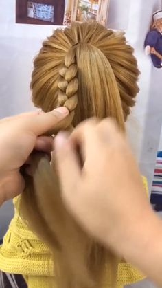 Hairdo For Long Hair, Easy Hairstyles For Long Hair, Girl Hairstyles, How To Braid Hair, How To Make Braids, Front Hair Styles, Medium Hair Styles, Hair Tutorials For Medium Hair, Braid Hair Tutorials