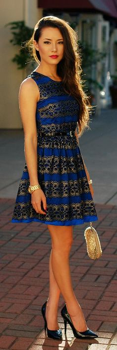 Beautiful dress - Blue Brocade