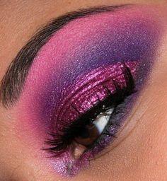 eye make up Cheshire Cat Makeup, Chesire Cat, Cat Eye Makeup, Hair Makeup, Cheshire Cat Costume, Zombie Makeup, Eyeshadow Designs, Makeup Designs, I Love Makeup