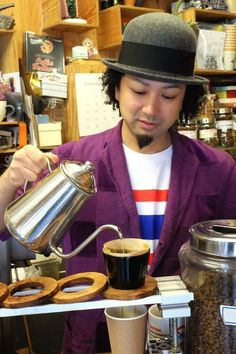 Arise Coffee Roasters, Tokyo - Photos by Eric Tessier