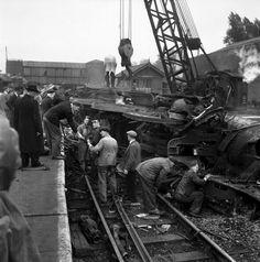 Harrow and Wealdstone Train Crash (1212×1227)