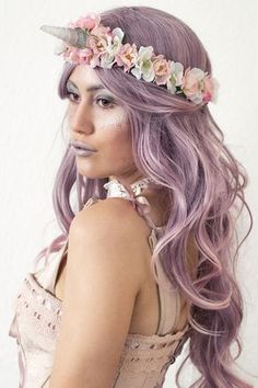 Unicorn costume with unicorn headband and make-up @jackysiren