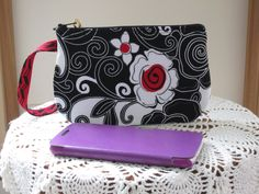 Clutch Zipper Gadget Pouch Wristlet Smart Phone Bag Poppy Floral Swirl - pinned by pin4etsy.com