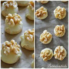 Liebhaberstücke: Weihnachsbäckerei No. Christmas Baking, Cake Cookies, Crackers, Cookie Recipes, Cake Decorating, Xmas, Merry Christmas, Good Food, Food And Drink