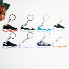 f183f015b4d25d 18 Awesome Keychains images