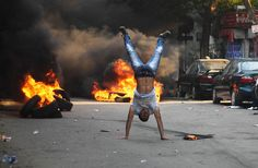 Violence Ravaged Cairo Again. Photos by Mosa'ab Elshamy. #egypt #riot #protests