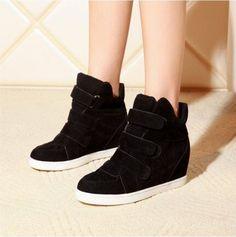 Womens Trendy Velcro Wedge Sneaker @shopshoesity