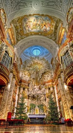 Karlskirche, one of the most outstanding baroque church structures in Vienna, Austria - My favorite Cathedral in Europe! Church Architecture, Beautiful Architecture, Beautiful Buildings, Baroque Architecture, Interesting Buildings, Modern Buildings, Landscape Architecture, Beautiful World, Beautiful Places