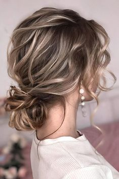 30 Wedding Hairstyles Ideas For Brides With Thin Hair ❤️ wedding hairstyles . 30 Wedding Hairstyles Ideas For Brides With Thin Hair ❤️ wedding hairstyles for thin hair low bun on blonde hair with soft waves shiyan_marina Wedding Hairstyles Thin Hair, Headband Hairstyles, Up Hairstyles, Medium Length Wedding Hairstyles, Holiday Hairstyles, Low Bun Wedding Hair, Hairstyle Ideas, Graduation Hairstyles, Bridal Hairstyles